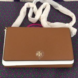 New authentic Tory Burch Emerson Chain Wallet bag
